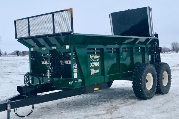Art's Way X900 Manure Spreader