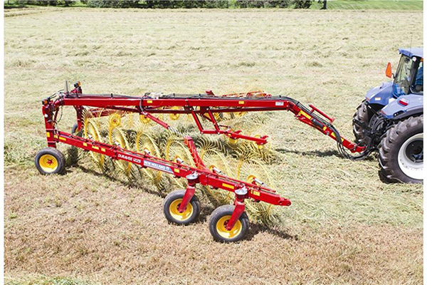 New Holland | DuraVee Trailing Wheel Rakes | Model DuraVee 1833