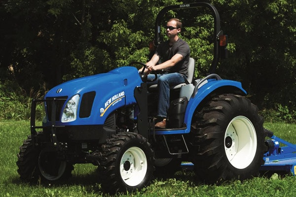 New Holland Boomer™ Deluxe CVT 54D