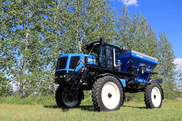 New Holland | Guardian Rear Boom Sprayers - Tier 4B | Model SP.300C