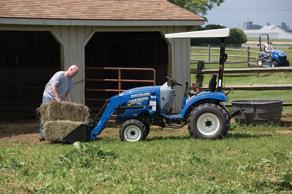 New Holland | Deluxe Compact Loaders | Model 250TLA