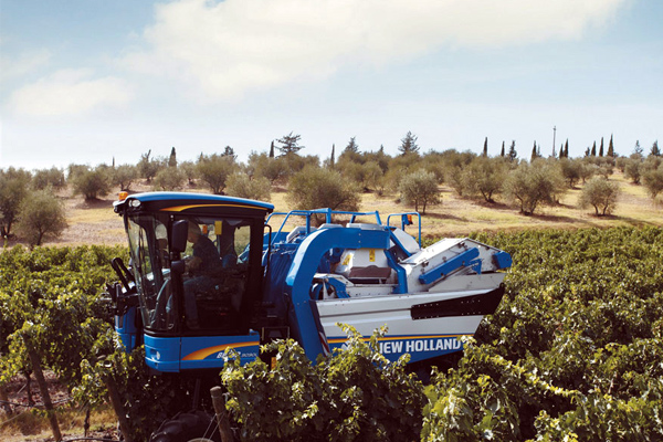 New Holland | Grape & Olive Solutions | Model Enocontrol System