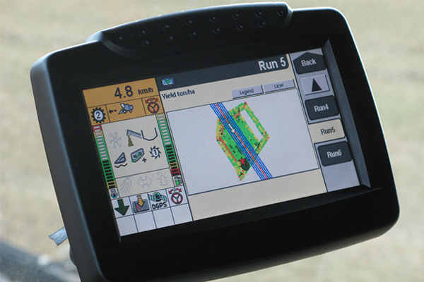 New Holland INTELLIVIEW™ III DISPLAY