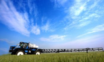 CroppedImage350210-NH-Spraying-RearBoomSprayers.jpg