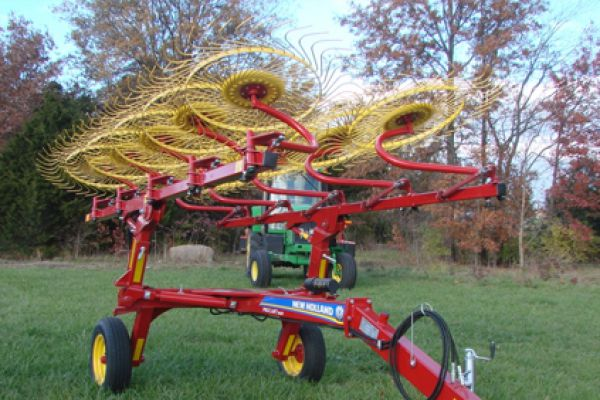 New Holland | Procart Deluxe Carted Wheel Rakes | Model 1022 10-Wheel