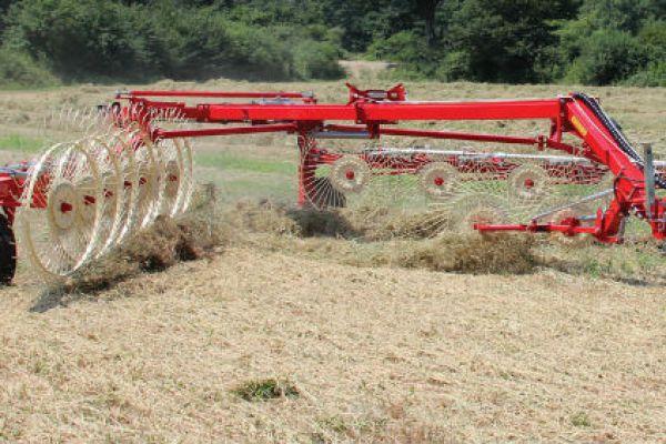 Farm King Easy Rake » Intermountain New Holland, Idaho
