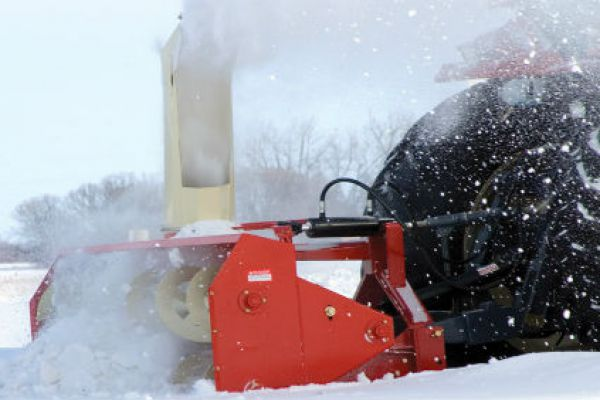 CroppedImage600400-FarmKing-Snowblower-Model.jpg