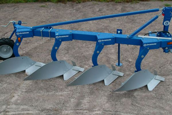 Kongskilde | FULLY MOUNTED CONVENTIONAL PLOUGH | Model ÖVERUM CT-F