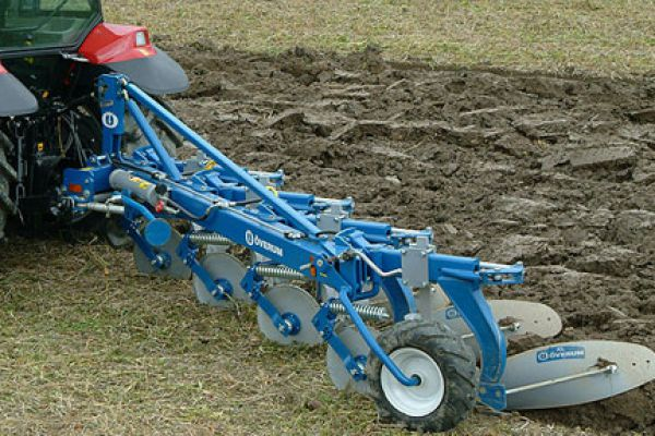 Kongskilde | FULLY MOUNTED CONVENTIONAL PLOUGH | Model ÖVERUM CT-H