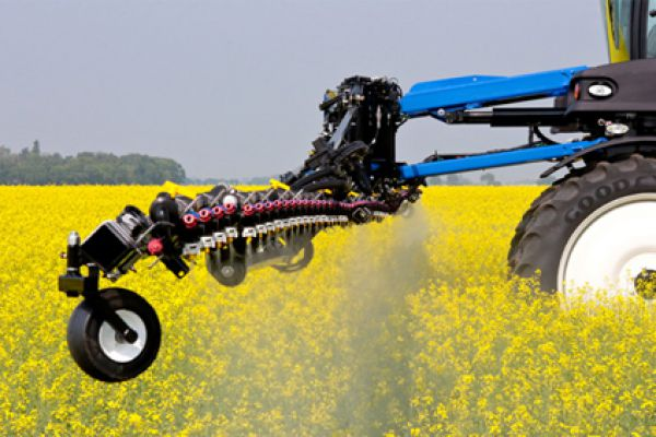 New Holland | Guardian Front Boom Sprayers | Model SP.345F