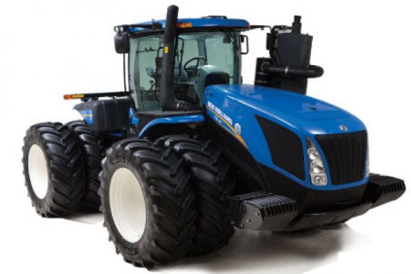 New Holland Ag Tractors To Drive On Dirt Grounds