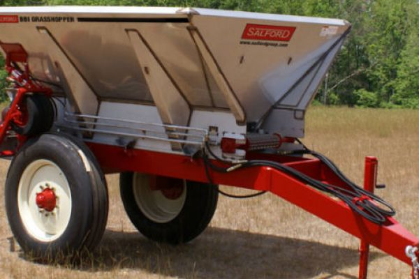 Salford | Fertilizer & Lime Spreaders | BBI GRASSHOPPER