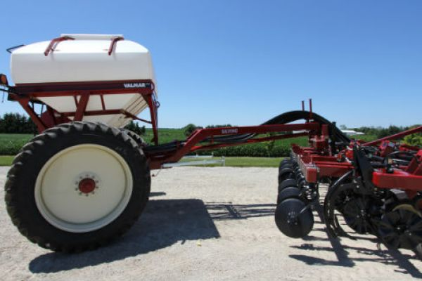 Salford | Seeding and Fertilizing | Pull-Type