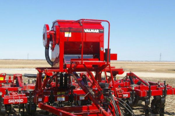 Salford | Seeding and Fertilizing | Implement Mount