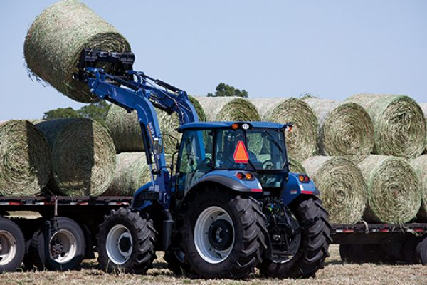 CroppedImage600400-newholland-625TL-frontloaderattachment.jpg